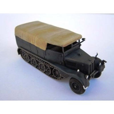 1/72 Sd.Kfz II – German military half-track